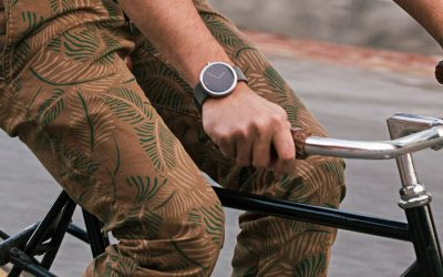 Are Smartwatches More Distracting [and Dangerous] than Phones?