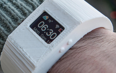 Here's Your Chance to Build Your Own Smartwatch, with the TinyScreen Display