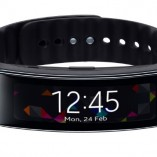Samsung-Gear-Fit-Fitness-Tracker-Black-0