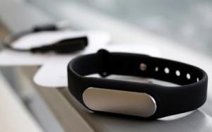 Xiaomi Mi Band budget fitness tracker featured