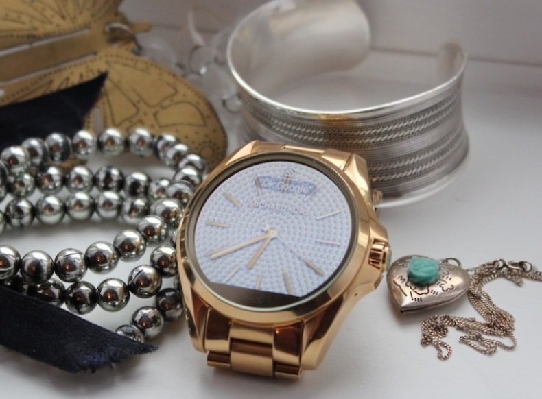 The Best Smartwatches For Women Updated February 2019