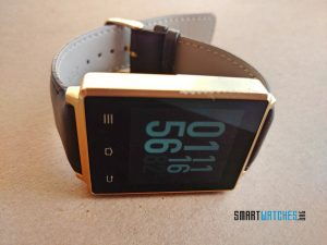 no-1-d6-smartwatch-on-its-side