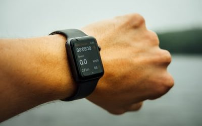 7 Smartwatches That Measure Blood Pressure